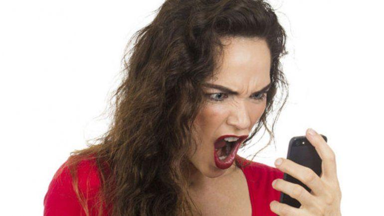 Tenía sed de venganza: encontró en el celular de su marido las fotos de su amante y ...