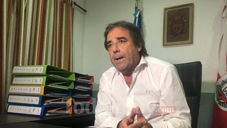 Alberto Bernis habló sobre las diferencias del gobierno y un medio local