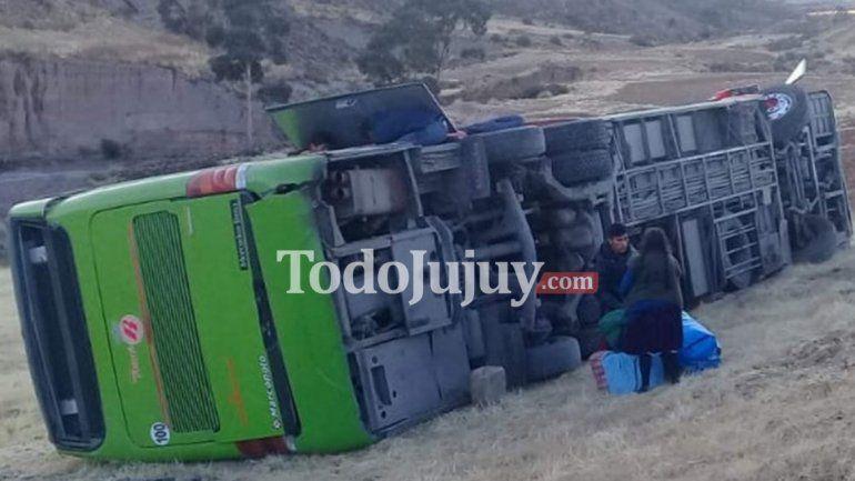 Un jujeño herido en el accidente de un ómnibus en Bolivia