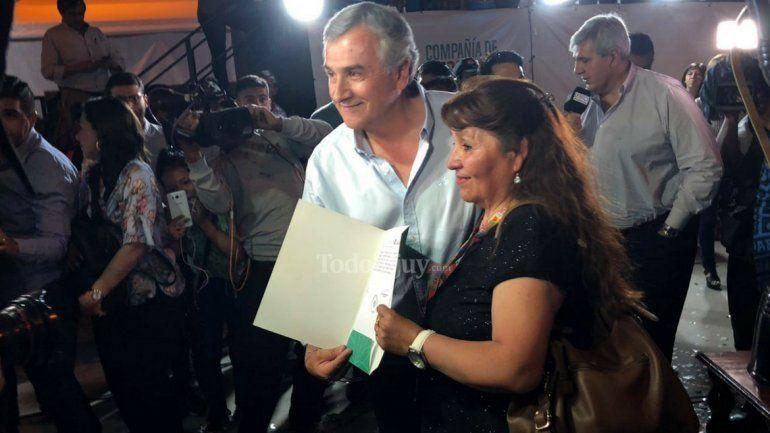 Gerardo Morales anunció que dos alumnos de los colegios ganadores viajarán a Francia