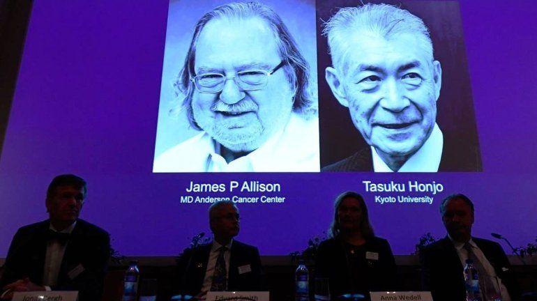 Para James Allison y Tasuku Honjo por sus estudios de terapias contra el cáncer