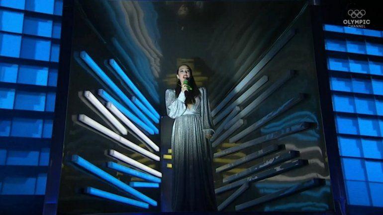 Angela Torres canta el himno en los JJOO2018