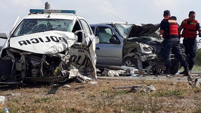 Accidente en la ruta 34: un móvil policial y un auto chocaron de frente