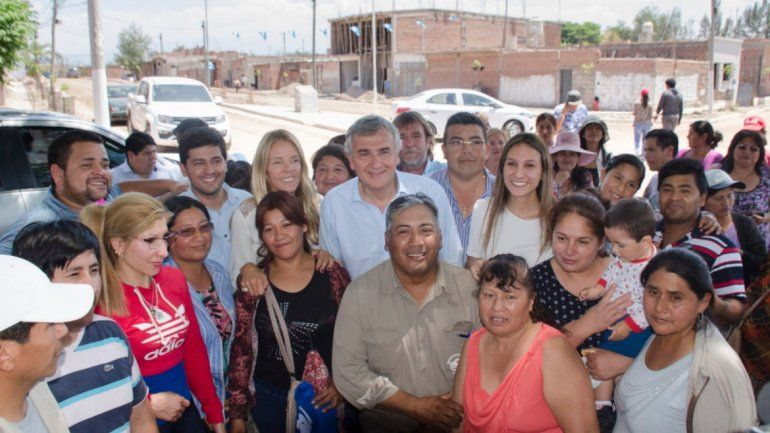 Invertirán 42 millones de pesos en obras en dos barrios de Perico