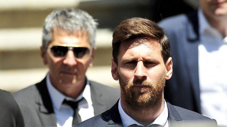 La fundacion Leo Messi floja de papeles: El jugador y su familia fueron denunciados por evasión fiscal