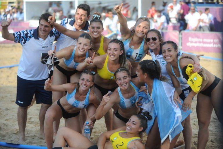 Beach handball:El equipo femenino son oro