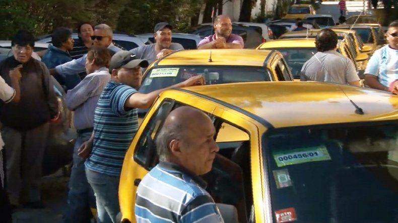 Reclamo en el Deliberante: taxistas piden una readecuación tarifaria