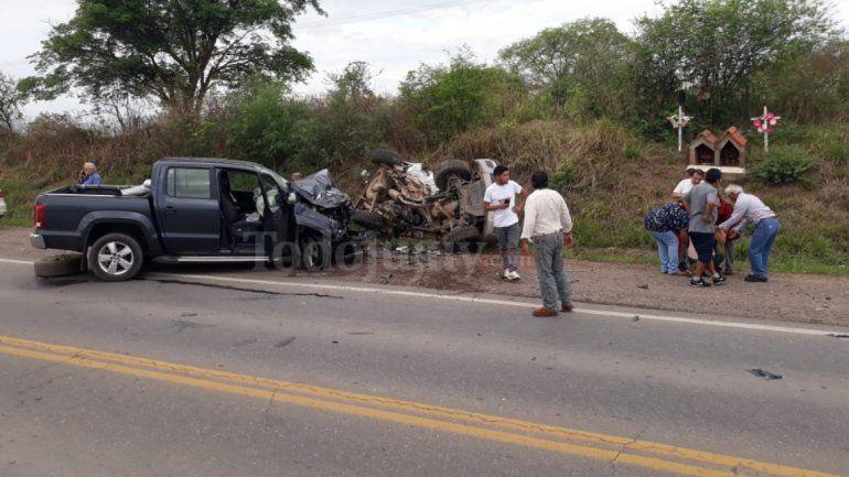Violento choque frontal entre dos camionetas en la Ruta 9: no hay víctimas fatales