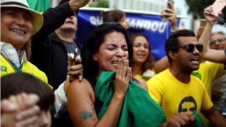 Ballotage histórico: Bolsonaro ya habla de victoria