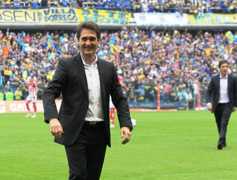 ¿Guillermo Barros Schelotto cambia el esquema para ir a Brasil?