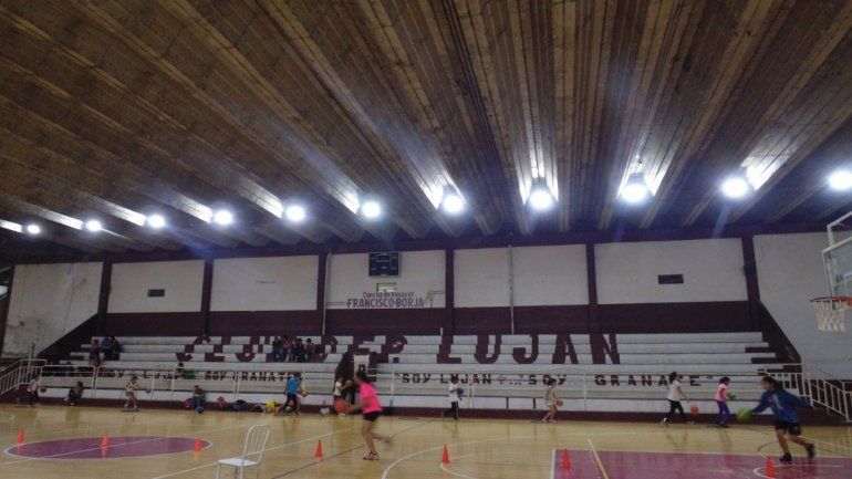 Luján: nuevo sistema lumínico en el Francisco Borja