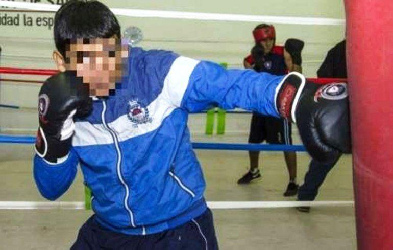 Un boxeador mató a golpes a su hija de 2 años en Santiago del Estero