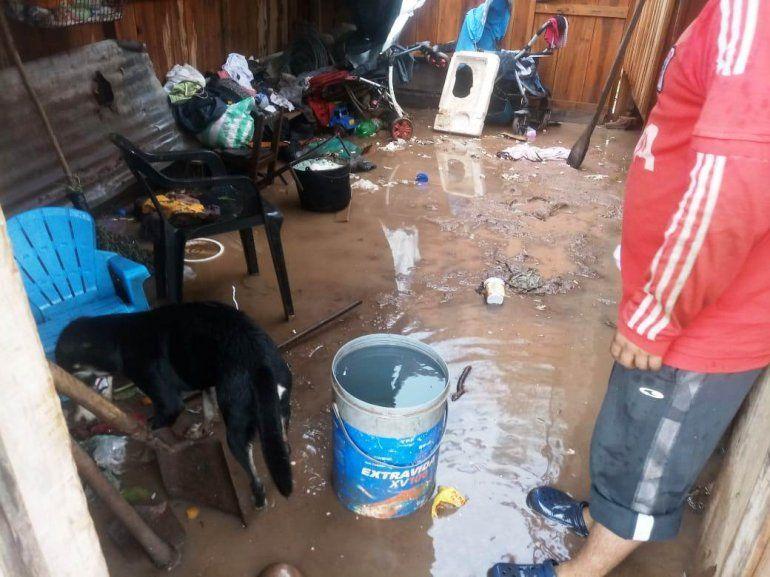 16 familias sufrieron inundaciones tras las intensas lluvias en Yuto