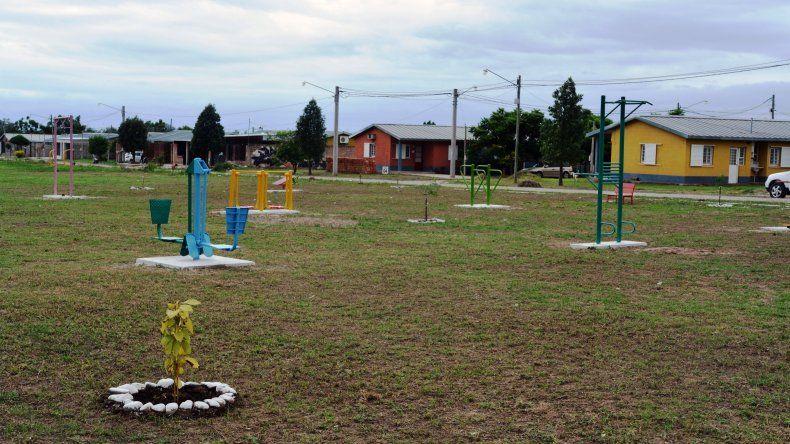 Ledesma inauguró una pista de la salud en el barrio Papa Francisco
