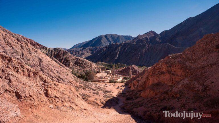 La Cámara de Turismo de Salta repudió un comentario de Morales sobre paisajes de la Quebrada