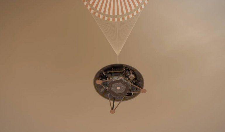 InSight llegó al planeta rojo y ya se prepara para entrar a sus entrañas