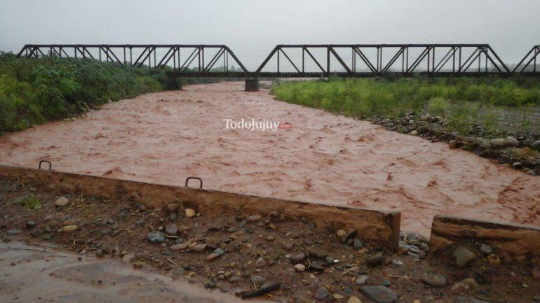 Un derrumbe en la Ruta Provincial 83 dejó varias localidades incomunicadas