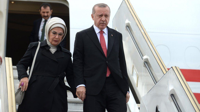 Presidente de Turquía junto a su mujer