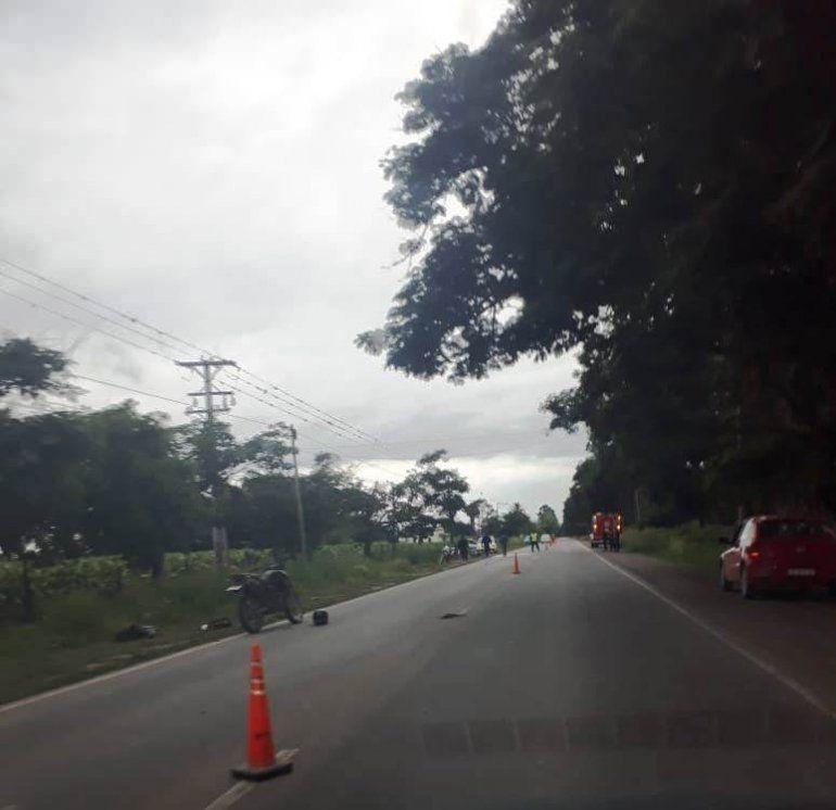 Motociclista perdió la vida al ser atropellado por un auto que se dio a la fuga