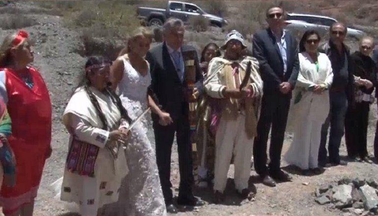 Inició la ceremonia del casamiento entre Gerardo Morales y Tulia Snopek