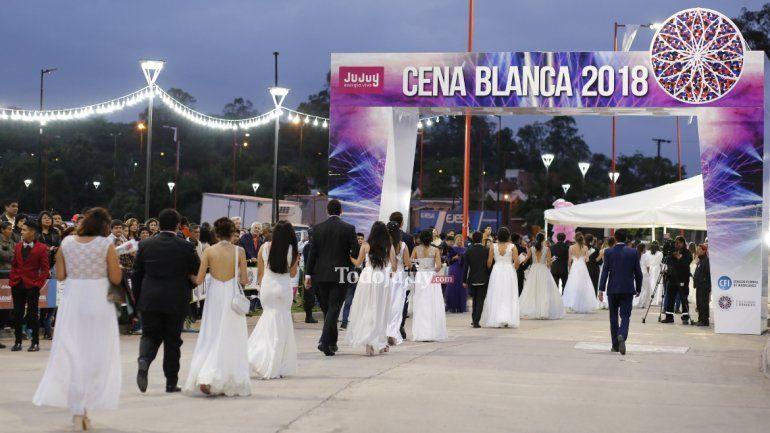 Así pasó la Cena Blanca 2018 por Ciudad Cultural con más de 3500 estudiantes de nuestra ciudad capital