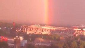 El arcoíris iluminó el Monumental mientras River era campeón