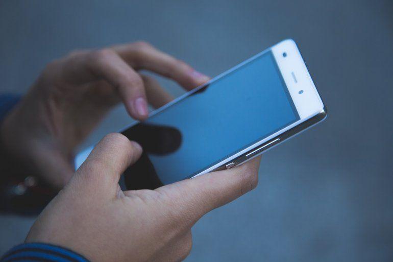 ¿Tenés Android? Una falla en la última actualización de WhatsApp agota la batería del celular más rápido