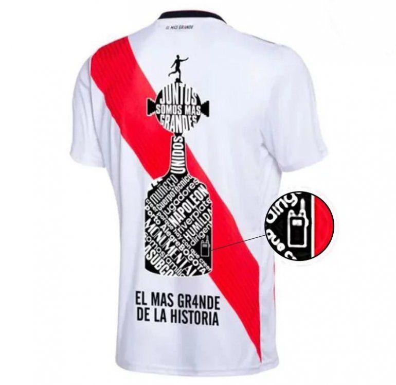 El detalle en la camiseta de River que torea a la Conmebol tras la victoria del Millonario