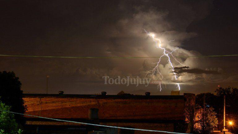 Declaran alerta meteorológico por tormentas eléctricas y caída de granizo en Jujuy
