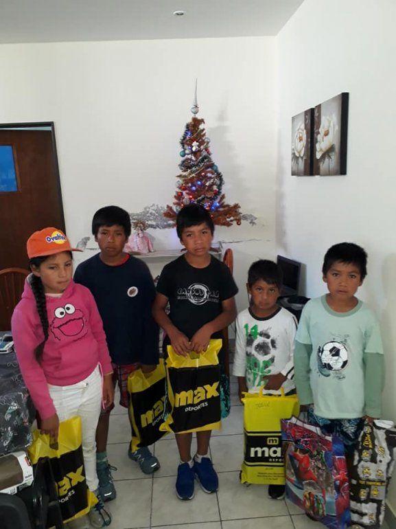 Los chicos de Yaquispampa visitaron San Salvador, compartieron actividades deportivas y recibieron regalos