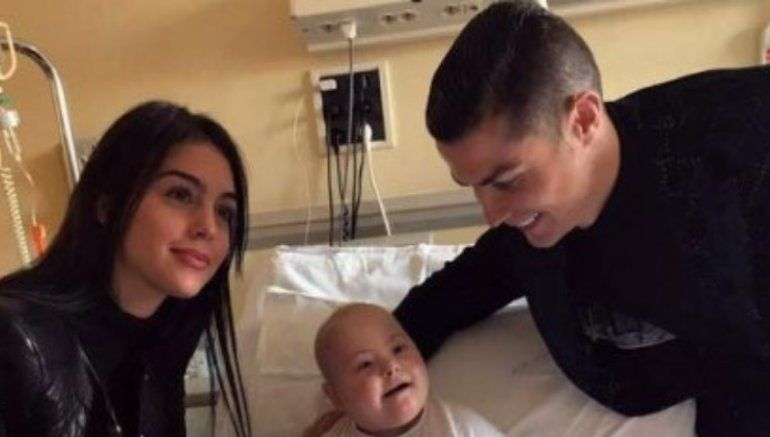 Cristiano Ronaldo sorprendió en un hospital infantil de Turín