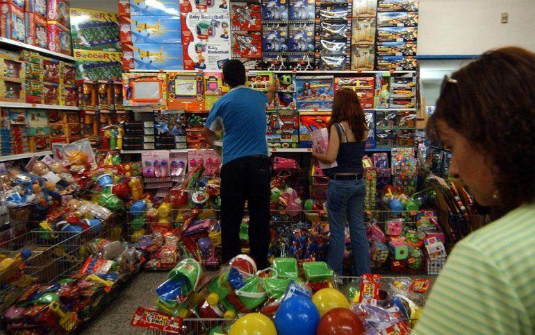 Las ventas en comercios minoristas cayeron un 9% y marcaron la peor Navidad en más de 10 años