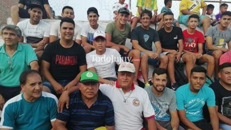 El Burrito Ortega jugó un partido a beneficio en Ledesma junto con otras figuras del fútbol