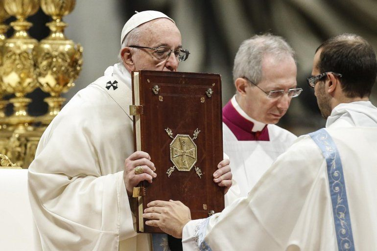 El Papa en la misa