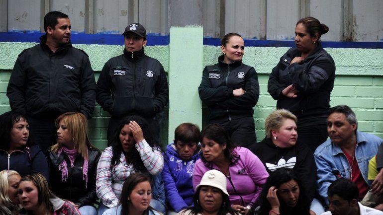 El arresto domiciliario redujo a la mitad la cantidad de mujeres con hijos viviendo tras las rejas
