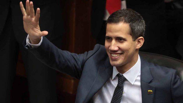 El Parlamento de Venezuela declaró ilegítima la presidencia de Nicolás Maduro en plena tensión internacional