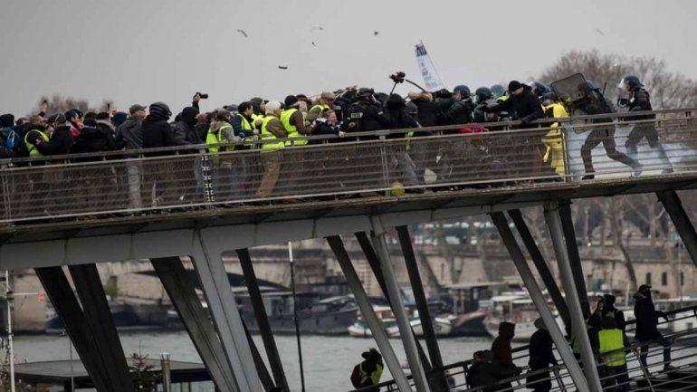 Las protestas de ayer en París terminaron con 34 detenidos