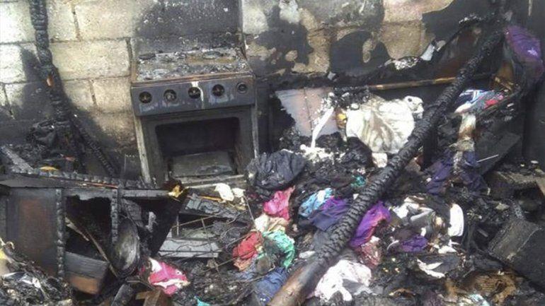 El incendio fue intencional, a mi casa la quemaron