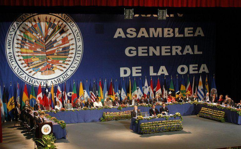 La OEA desconoce la legitimidad del mandato de Nicolás Maduro en Venezuela