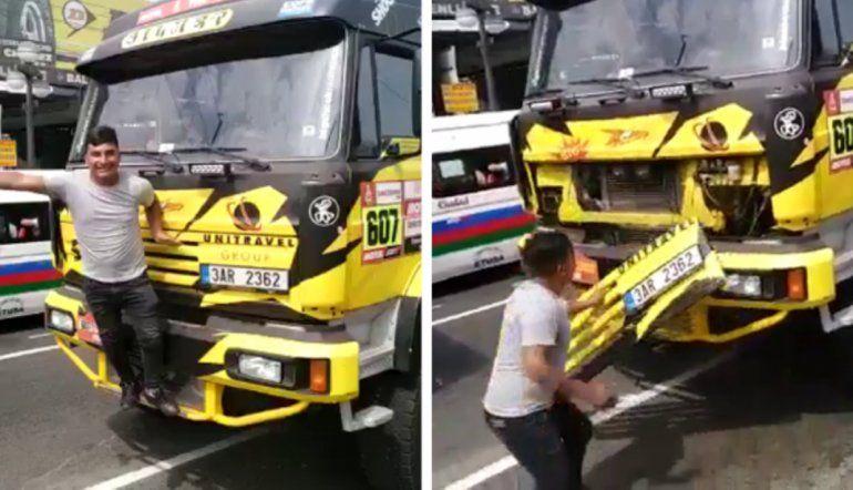 ¿Y ahora? Un fanático se tomó una foto con un camión del Dakar y lo rompió