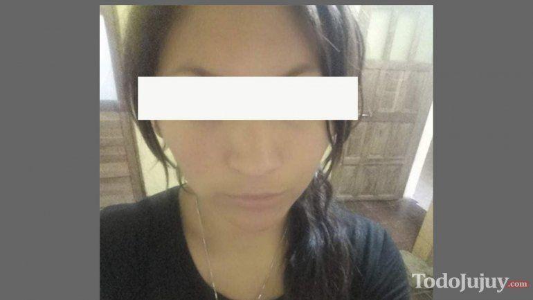 ¡Indignante! Difunden un video donde una mujer golpea brutalmente a su hijo en La Quiaca