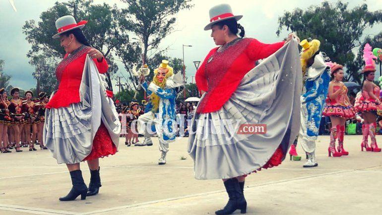 Se llevó adelante el 2° Encuentro Mundial de Caporales 100% Bolivianos con nuevo record mundial