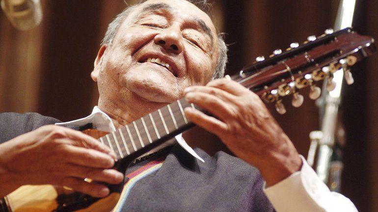 Las cenizas del charanguista Jaime Torres descansarán en Humahuaca