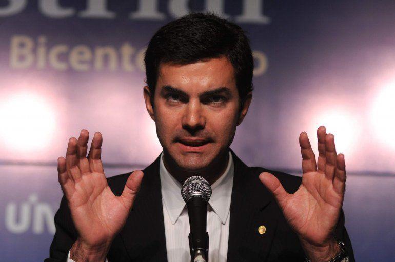 Urtubey criticó la foto del PJ con Cristina Kirchner