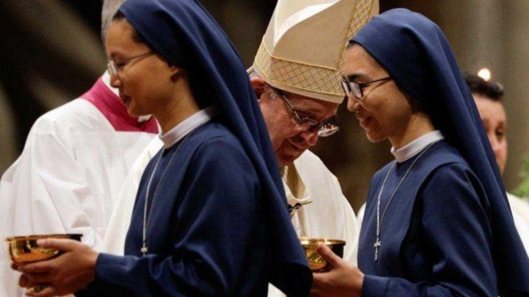 Regresando a Roma, el Papa admitió que curas y obispos abusaron sexualmente de monjas