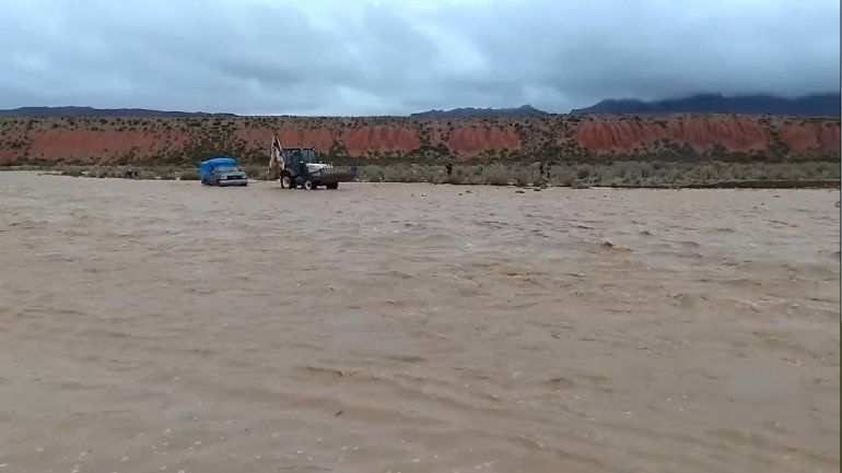 Río crecido en la Puna - Cusi Cusi