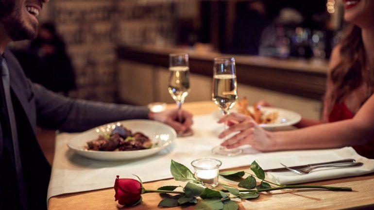En Palpalá ofrecen descuentos y promociones por el Día de los Enamorados
