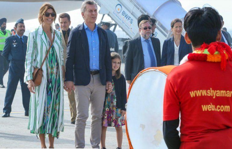 Mauricio Macri comenzó su gira por Asia visitando el Taj Mahal