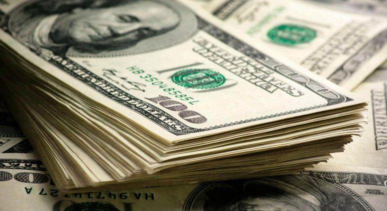 El Banco Central subió la tasa de interés y el dólar cerró en baja