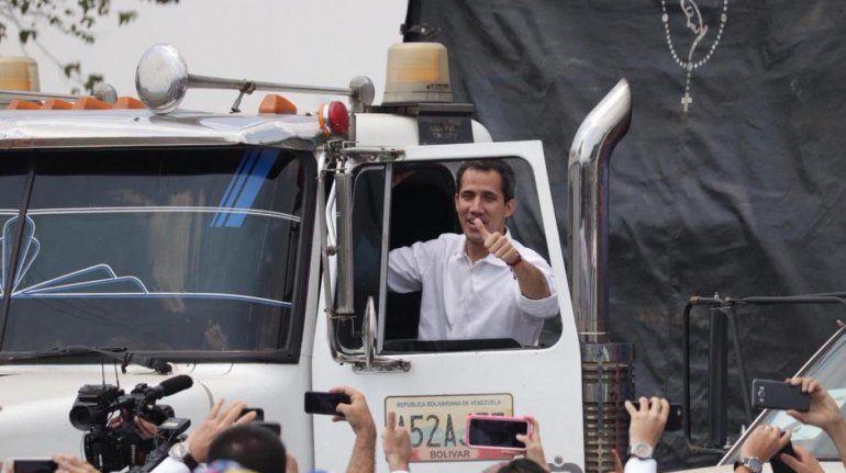 Ingresó el primer camión con ayuda humanitaria a Venezuela